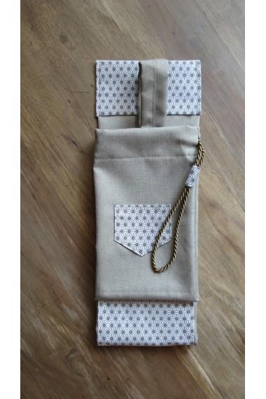 Modèle Cap Coz effet lin beige/housse artisanale avec poche et anse/pour jo ,bokken,tanto,iaito,et shinai